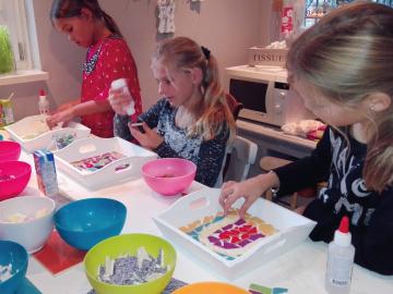 http://kids-en-fun.nl/wp-content/uploads/2017/02/feestje-op-locatie-360x270.png