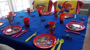superheldenfeest tafel (2)