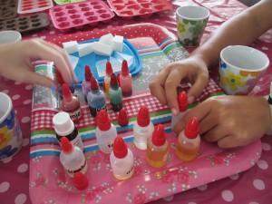 zeepjes maken  kleurtjes kiezen